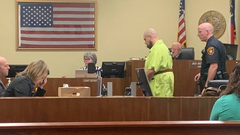 Un hombre de Lindale se declaró culpable de matar a dos personas en diciembre de 2020.